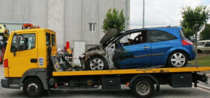 Recogemos y compramos su siniestro vehículo averiado o accidentado para desguace